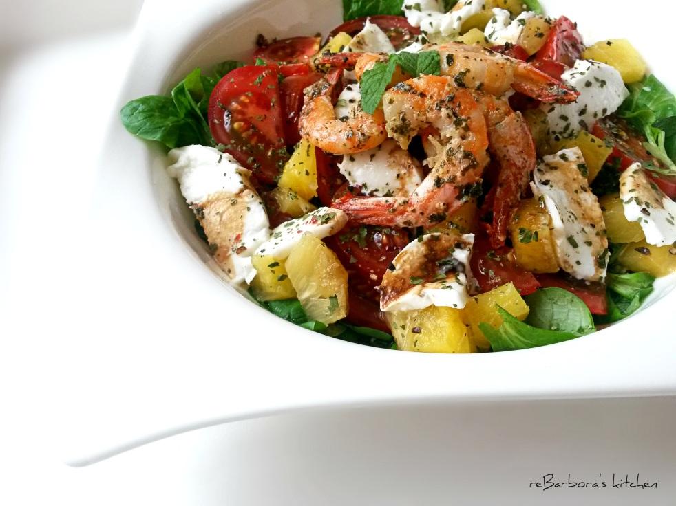Letní salát s ananasem, krevetami a balzamikovým vinaigrette | reBarbora's kitchen