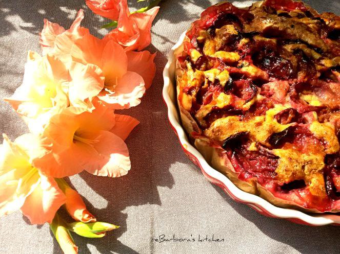 Piškotový koláč se švestkami a levandulí | reBarbora's kitchen