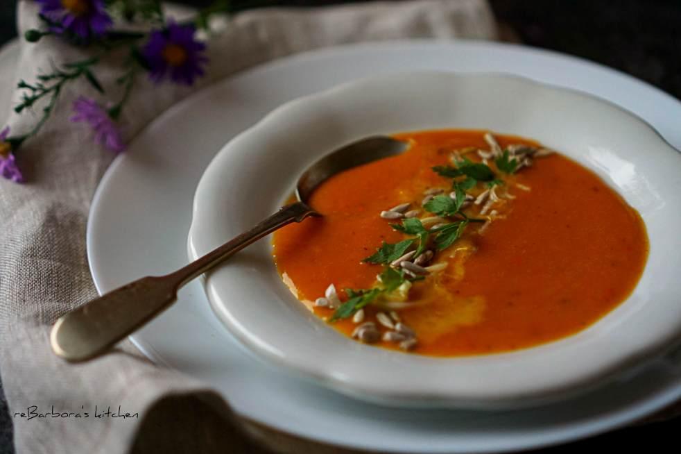 Dýňová polévka s červenou čočkou a kokosovým mlékem (vegan) | reBarbora's kitchen
