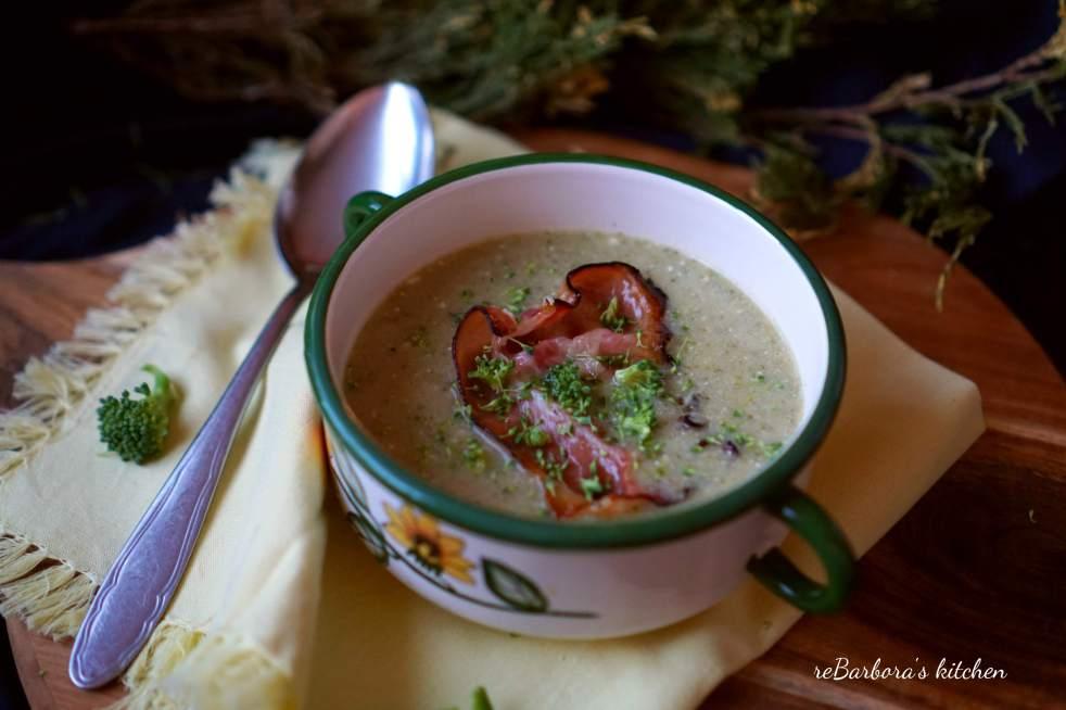 Brokolicová polévka s hermelínem   reBarbora's kitchen