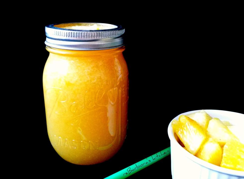 Ananasovo-citrusové smoothie s kokosovou vodou | reBarbora's kitchen