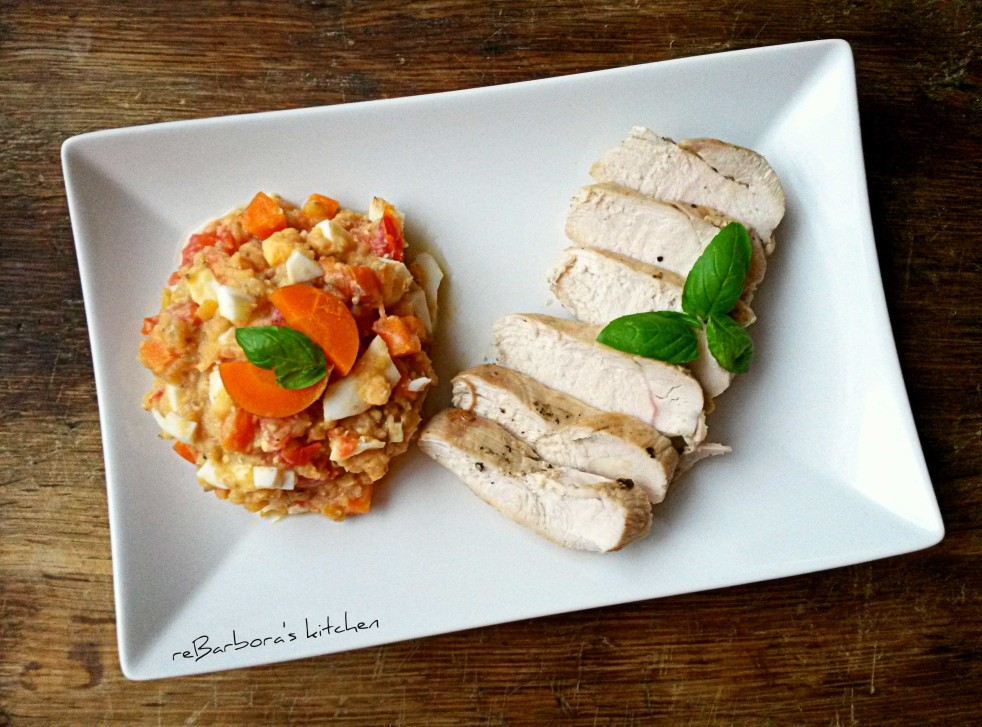 Filírované kuřecí prso na rozmarýnu s teplým salátem z červené čočky | reBarbora's kitchen