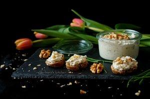 Pomazánka ze sýru s modrou plísní s ořechy   reBarbora's kitchen