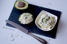 Avokádovo-vajíčková pomazánka s medvědím česnekem | reBarbora's kitchen