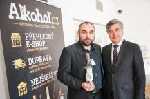 Alkohol.cz - ochutnávka ovocných destilátů v Atelieru Kalina, Praha 5. dubna 2017