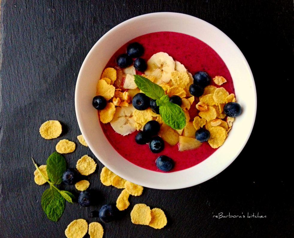 Smoothie bowl z lesního ovoce | reBarbora's kitchen