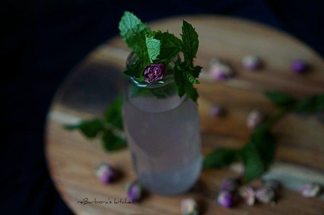 Párty time: Roastbeef s pažitkovou remuládou a růžový alko/nealko drink | reBarbora's kitchen