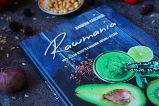 Recenze knih: Rawmania | reBarbora's kitchen