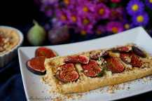 Fíkový koláč se smetanovým krémem a oříšky | reBarbora's kitchen
