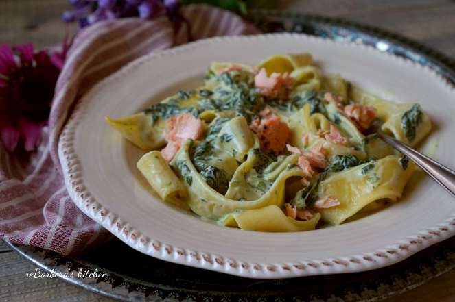 Těstoviny s lososem a špenátem | reBarbora's kitchen