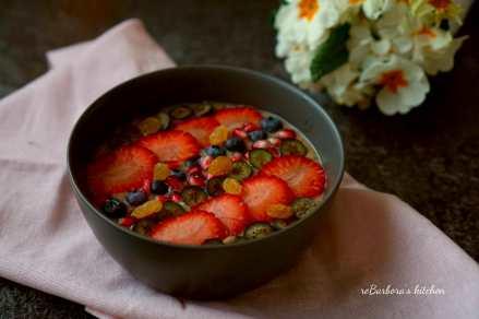 Smoothie bowl s hruškou | reBarbora's kitchen