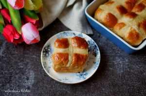 Hot cross buns | reBarbora's kitchen