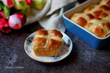 Hot cross buns | reBarbora's kitchen