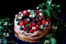 Čokoládový dort Pavlova s ovocem   reBarbora's kitchen