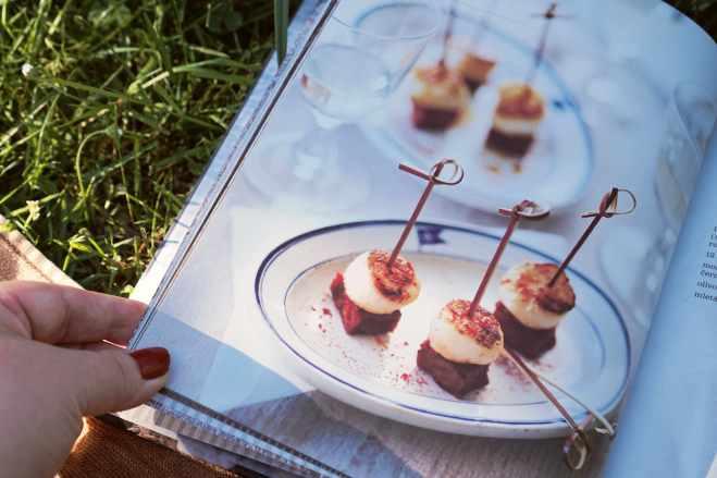 Recenze knih: Uzeninové delikatesy - Miranda Ballard | reBarbora's kitchen