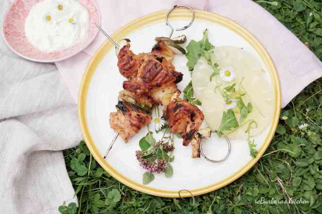 LotusGrill: Kuřecí špízy v marinádě s ananasem a cuketou | reBarbora's kitchen