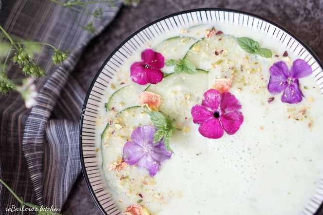 Studená okurková polévka s mátou | reBarbora's kitchen